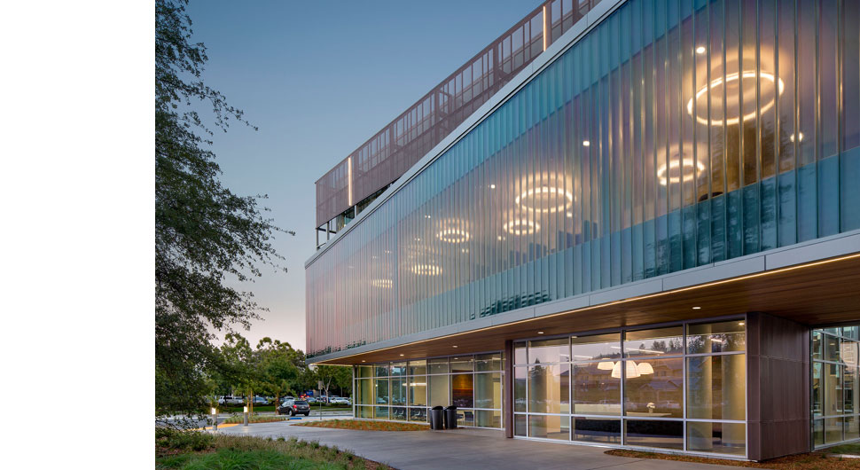 AMERICAN AgCREDIT HEADQUARTERS,     Architects: TLCD Architecture